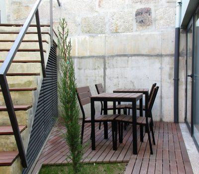 Guest House_vertical_0000s_0008_Reabilitacao-Porto-Patio