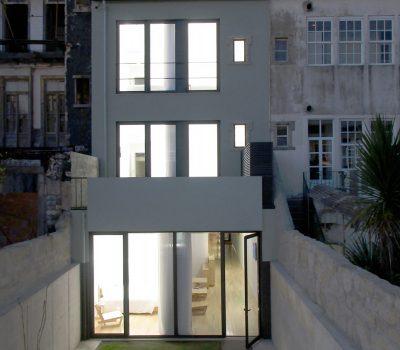 Guest House_vertical_0000s_0012_Predio-no-Porto