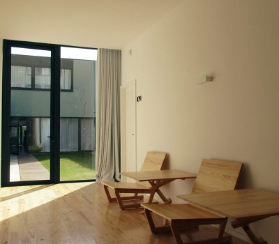 Guest House_vertical_0000s_0013_Hostel-porto-sala
