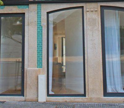 Guest_house_horizontal_0000s_0002_Boavista_Class_Inn-Porto-Hotel_outdoor_area-4-881559